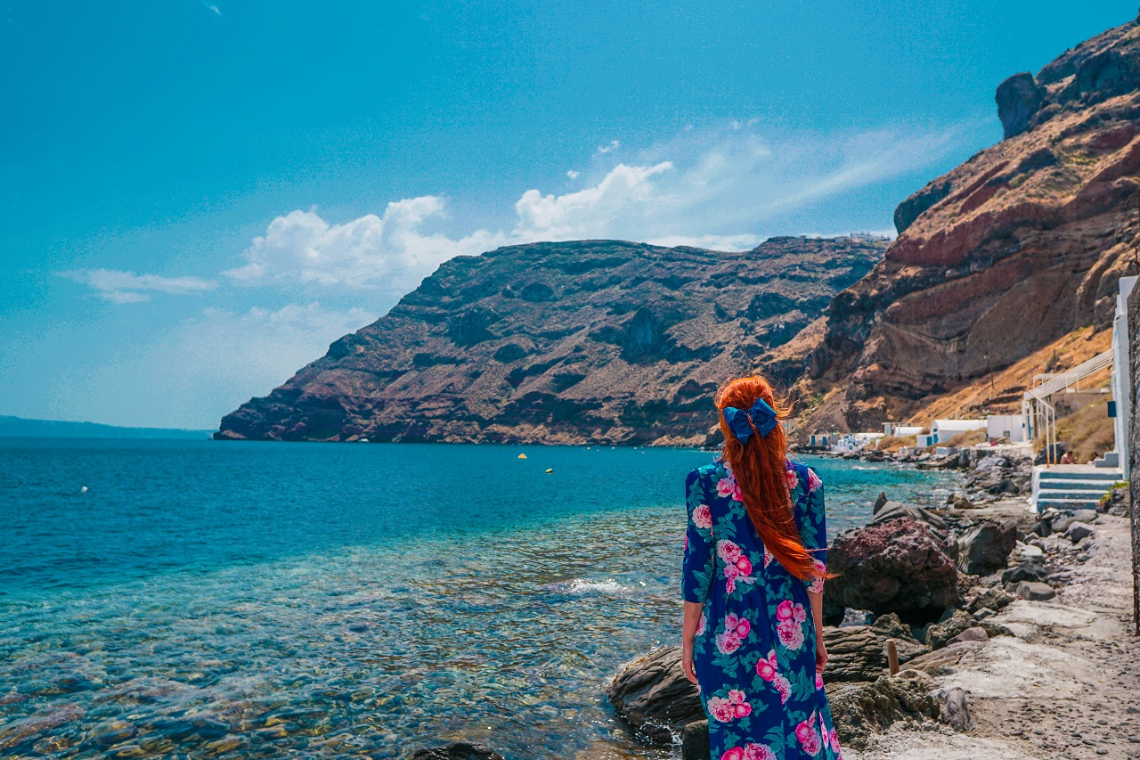 Santorini Excursions - La Mer Santorini